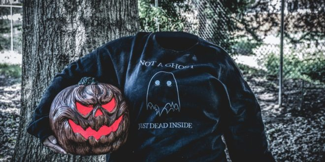 Not Your Average Ghost: Not Your Average Babe Fall 2020 Unboxing