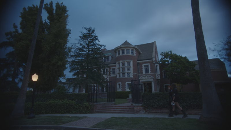 FREE HORROR ast102_29x020_comp.1020-800x450 Interview with John Decker, the FuseFX VFX Supervisor for Anthology Series, 'American Horror Stories'
